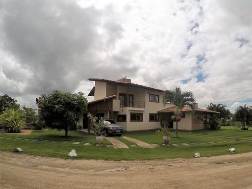 casa em condomínio em gravatá pe  ref.d061