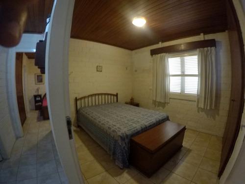 casa em condomínio em gravatá pe  ref.d074