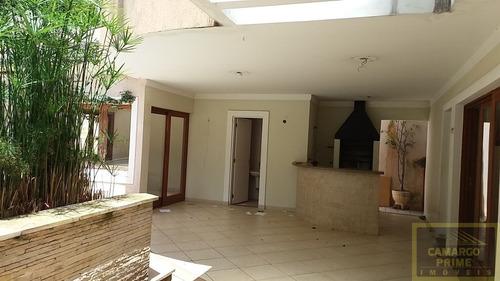 casa em condomínio fechado em alphaville com 614 metros de área de terreno. - eb83130
