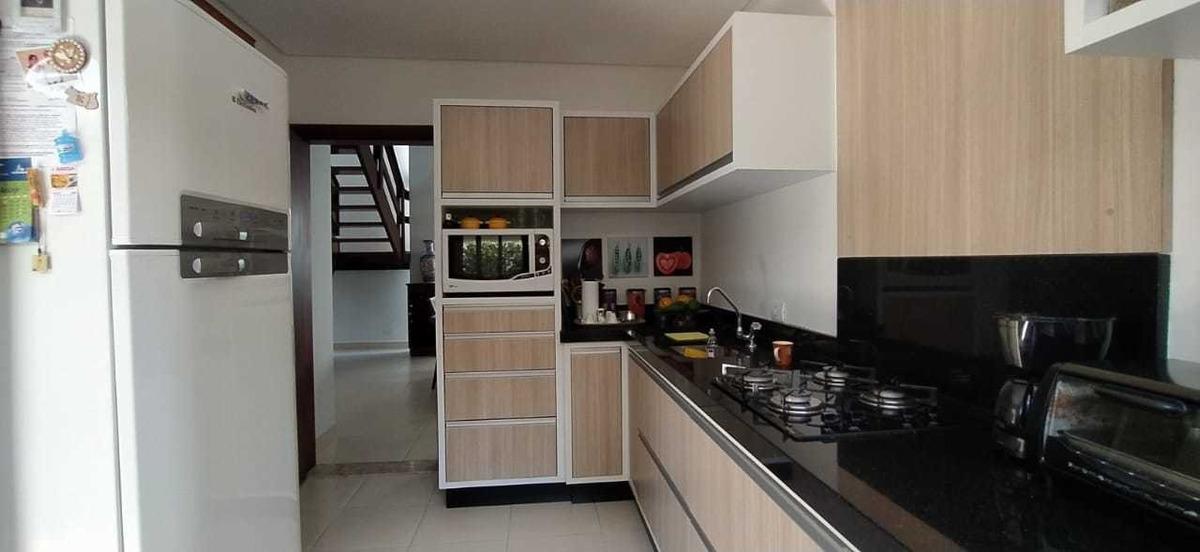 casa em condomínio fechado em peruíbe