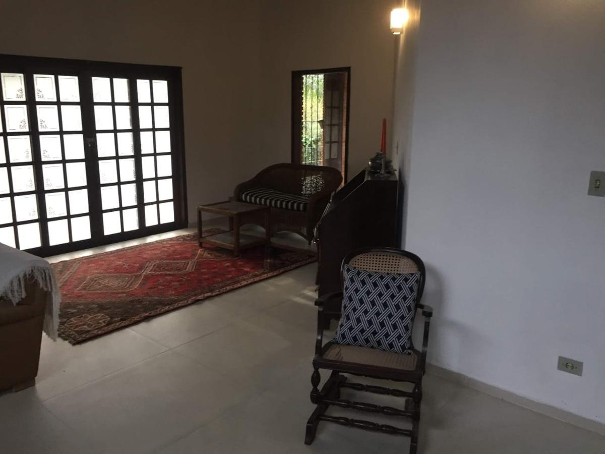 casa em condominio fechado no patrimonio do jahu em ibiuna ,
