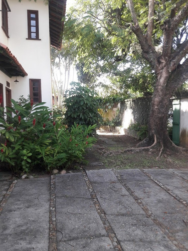 casa em condominio na barra da tijuca s. monica  residencias
