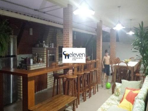 casa em condominio para venda na praia do flamengo, salvador com 4 quartos sendo 4 suites, 2 salas, varanda, cozinha, área de serviço, 6 banheiros, 4 vagas, 460 m². - ca00307 - 32890051