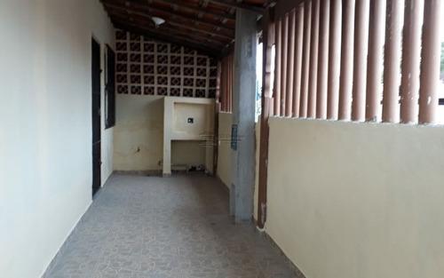 casa em corredor comercial