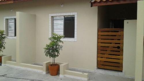 casa em fase de acabamento no jardim umuarama, em itanhaém