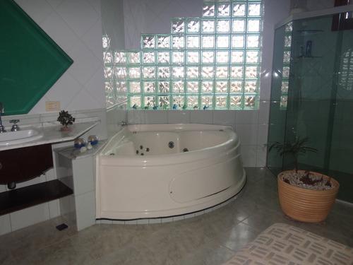casa em itanhaém alto padrão com 4 dormitórios piscina c6159