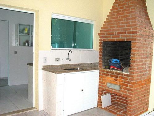 casa em itanhaem com 4 quartos, piscina  próxima da praia