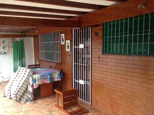 casa em itanhaém, com escritura e 2 dormitórios - ref 2615-p