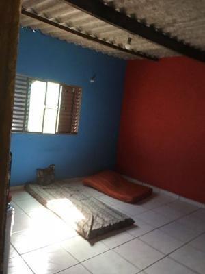 casa em itanhaém, recanto dos imigrantes, possui 2 quartos!