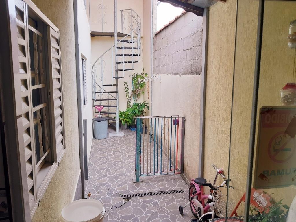 casa em jacareí , bairro santa marina .