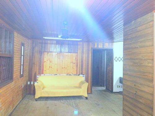 casa em jardim carvalho com 3 dormitórios - li1747