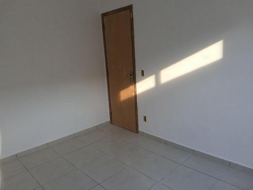 casa em laranjal, são gonçalo/rj de 42m² 1 quartos à venda por r$ 90.000,00 - ca212165