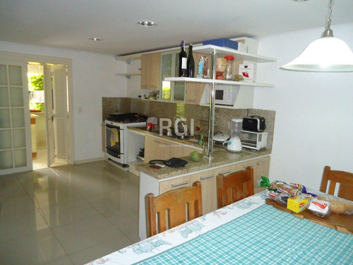 casa em medianeira com 3 dormitórios - bt1445