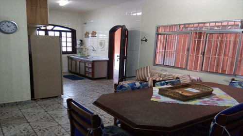 casa em mongaguá bairro centro - v471