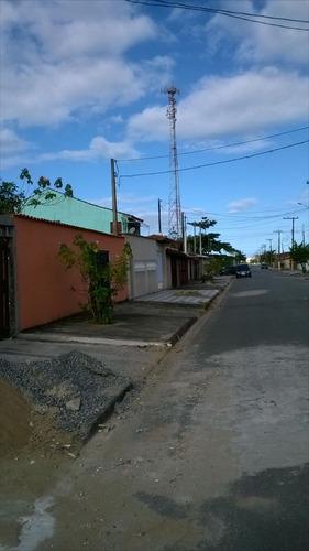 casa em mongaguá, bairro residencial com moradores  c3306