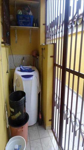 casa em mongaguá bairro vila vera cruz - v398