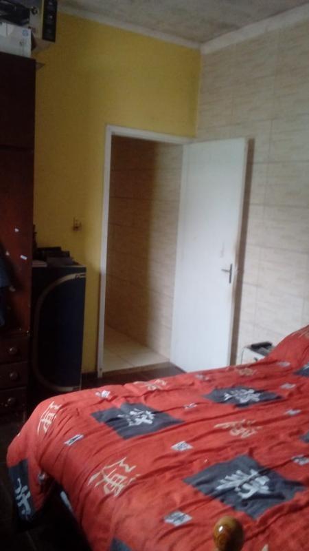 casa em  mongaguá com piscina, ref. 5245 s
