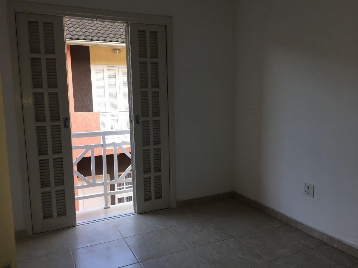 casa em mongaguá frente mar! 03 dormitórios ref: 6382 c