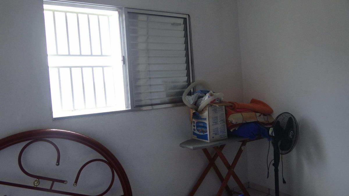 casa em mongaguá... no bal. itaguaí - v6049