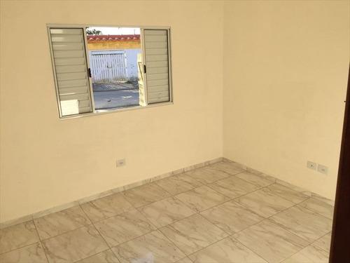 casa em ótimo bairro a venda em itanhaém.