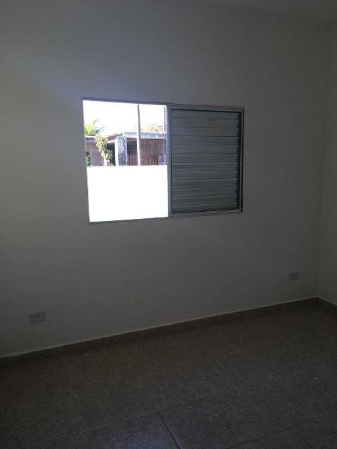 casa em peruíbe ficando lado praia 1km do mar  4576rafa