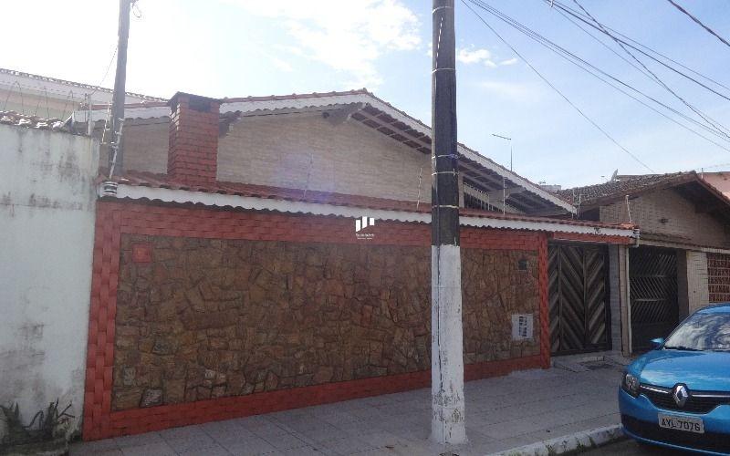 casa em praia grande na vila guilhermina.