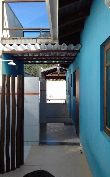 casa em são sebastião permuta por chácara em biritiba mirim