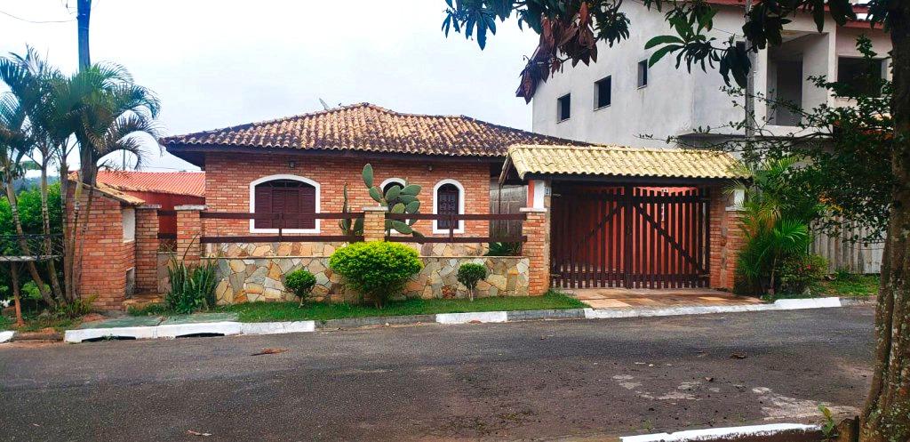casa em vargem grande paulista com 3 quartos e churrasqueira