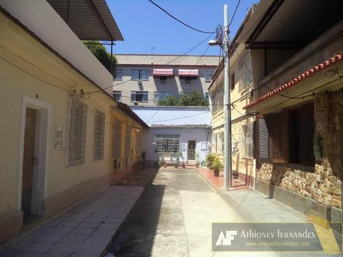 casa em vila - no centro da praça seca.