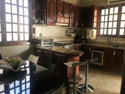 casa em zé garoto, são gonçalo/rj de 244m² 4 quartos à venda por r$ 1.100.000,00 - ca216154