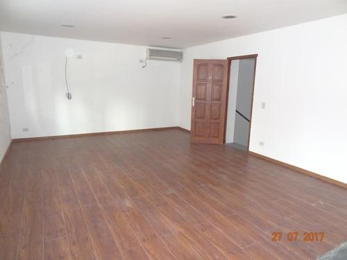 casa en 12 e 43 y 44. 125mts. ideal oficinas!