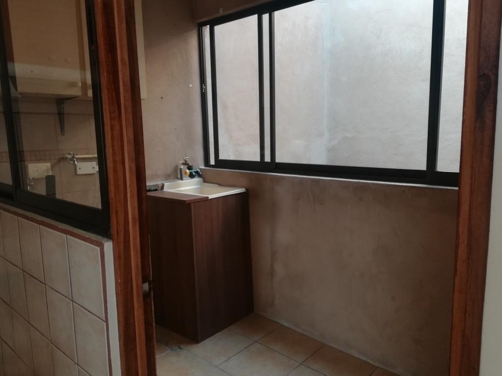 casa en 2da planta en condominio en san antonio de coronado