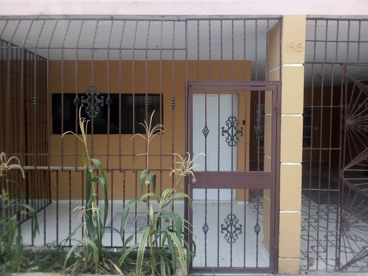 casa en alma rosa 1, primera planta