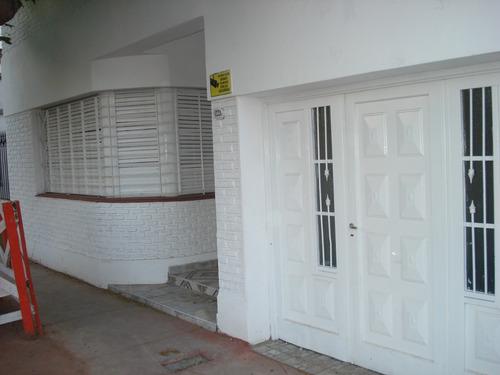 casa en alquiler - alsina 1221 -