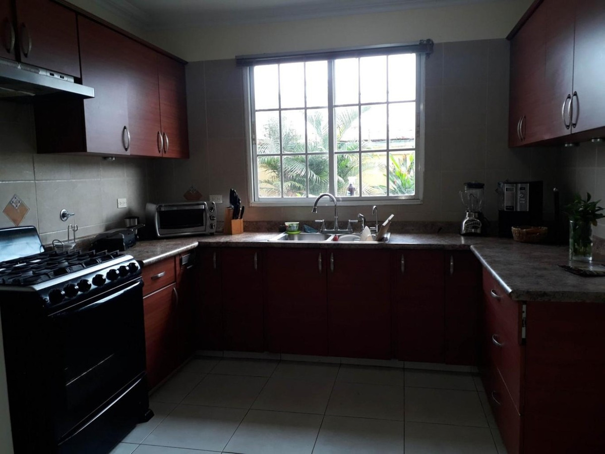 casa en alquiler castel novo #19-8759hel**  en chanis