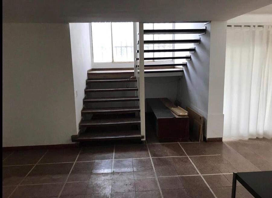 casa en alquiler de 4 dormitorios, para uso comercial -  cerro de las rosas, córdoba.