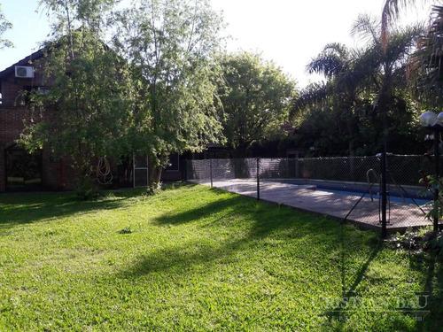 casa en alquiler en country banco provincia con gran parque