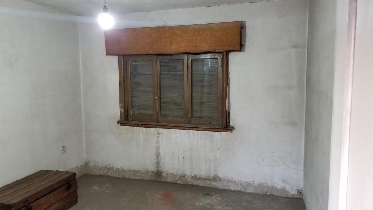 Casa En Alquiler En El Palomar De 3 Ambientes Con Garage Patio Terraza Y Habitacion De Servicio F 7966