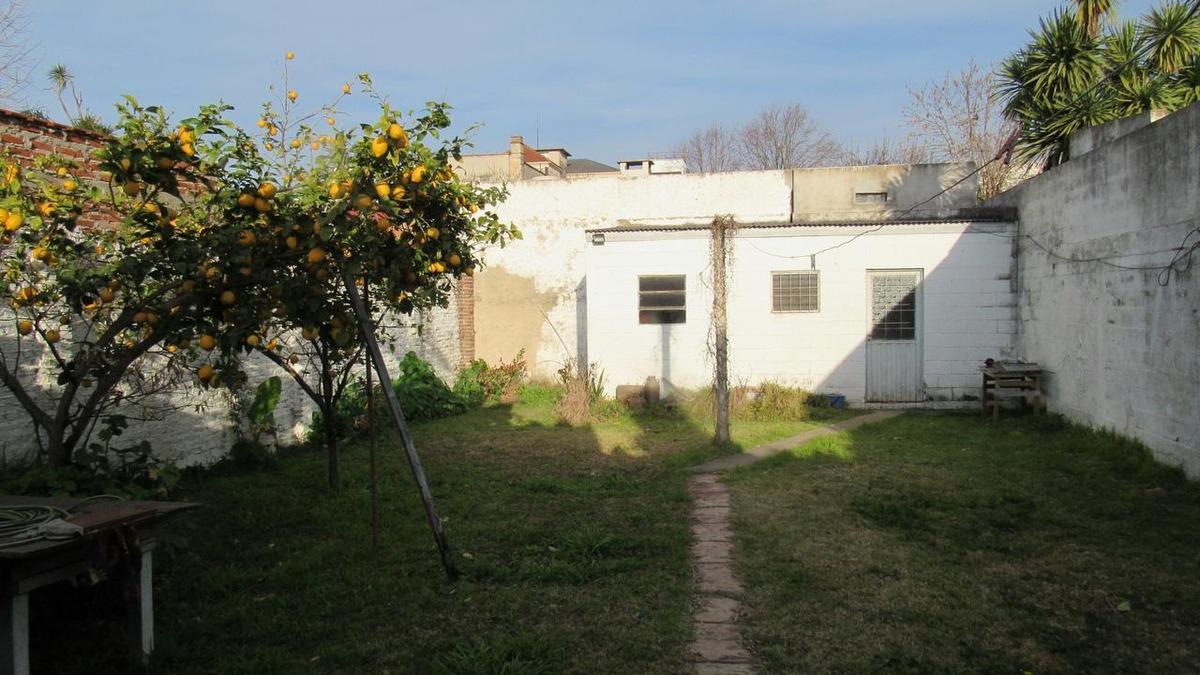 casa en alquiler en la plata calle 49 e/ 29 y 30 - dacal bienes raices