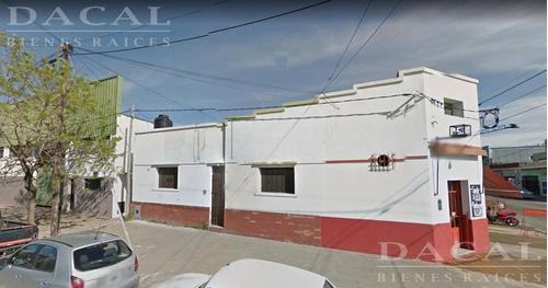 casa en alquiler en la plata calle 74 e/ 121 y 122 dacal bienes raices