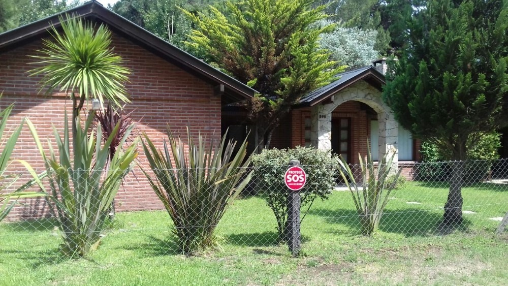 casa  en alquiler en valeria del mar-con cerco