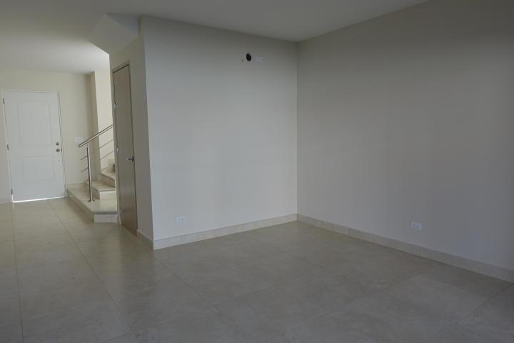 casa en alquiler en versalles, 3 recamaras 20-10025