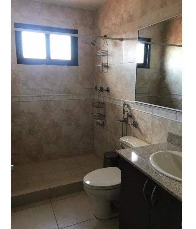 casa en alquiler en versalles ph versalles i 20-1256hel**