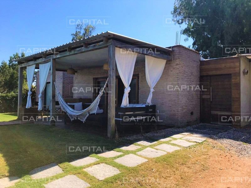 casa en alquiler jardines de córdoba, punta del este-ref:28581