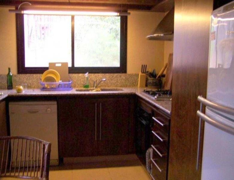 casa en alquiler por temporada de 4 dormitorios en laguna blanca