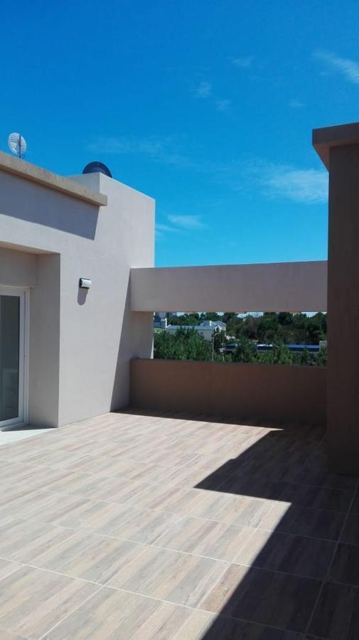 casa en alquiler temporal barrio ecuestre en costa esmeralda