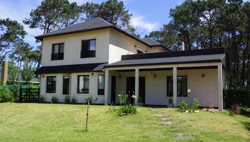 casa en alquiler temporario  en lugano ( la alborada )