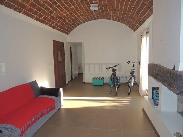 casa  en alquiler ubicado en cañuelas, resto de la provincia