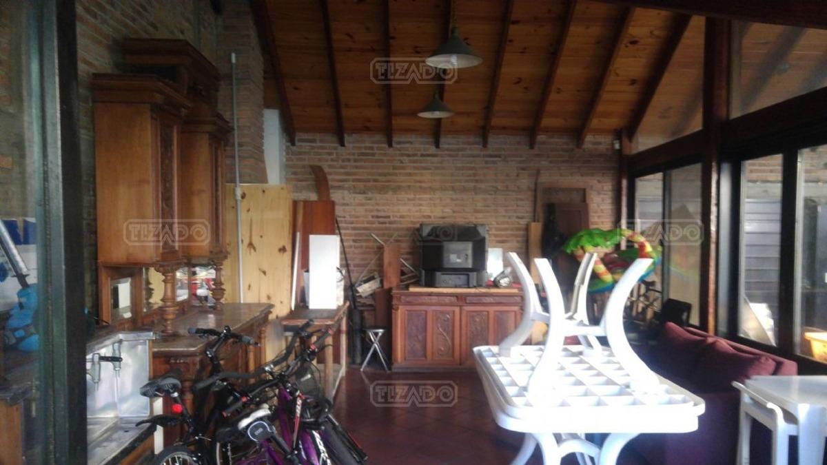 casa  en alquiler ubicado en la lucila, zona norte