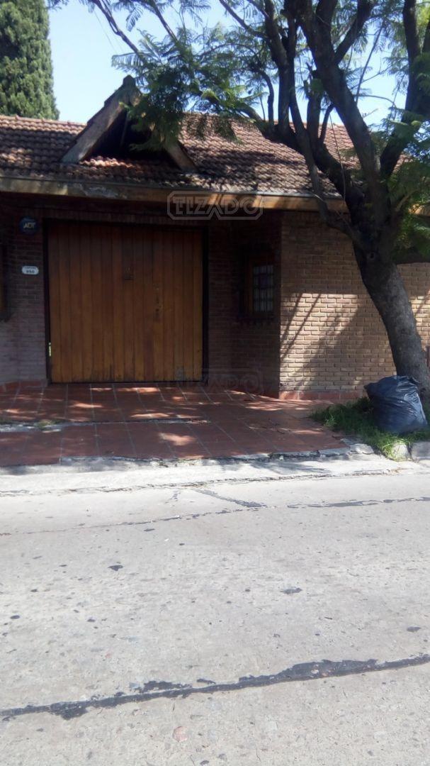 casa  en alquiler ubicado en martínez, zona norte